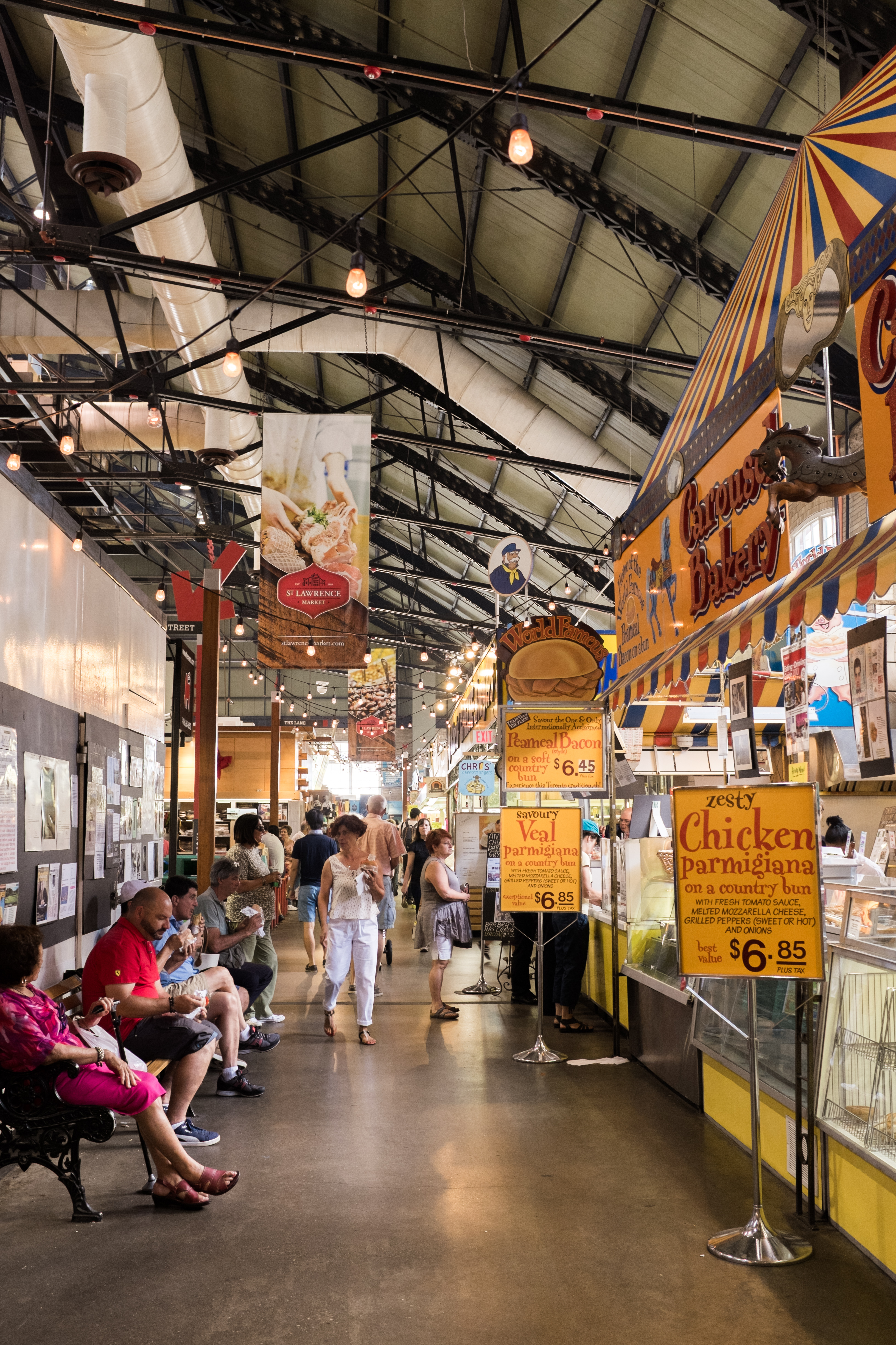 How to spend a day in Toronto| St. Lawrence Market | Where my Eyes go